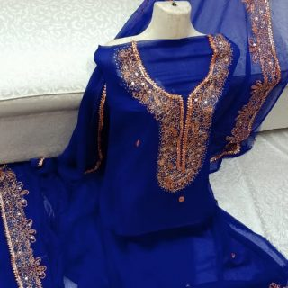 Kundan work, Total Adda work, pour Soft Karinkal, Two paice suite Blue